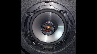 Dacia Renault Duster - Sound BEFORE upgrade to JBL GX502 video 1/2