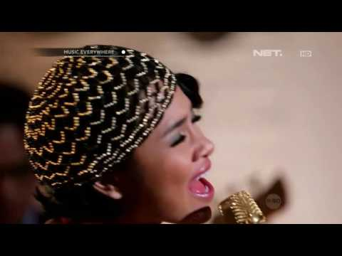 Andien - Gemilang (Live At Music Everywhere) **