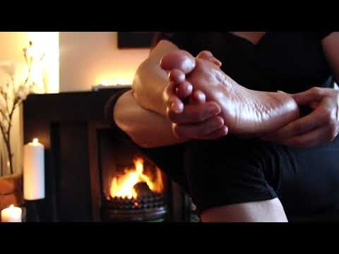 How to do Aromatherapy Self Foot Massage for Relaxation - Swiss Reflex Therapy