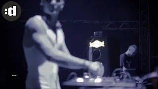 Смотреть клип Morten Breum Ft. Jay Colin - Never Surrender