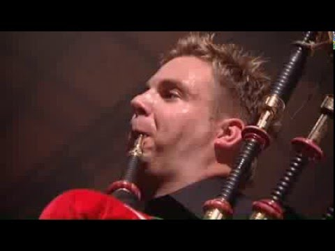 Red Hot Chilli Pipers: Blast Live