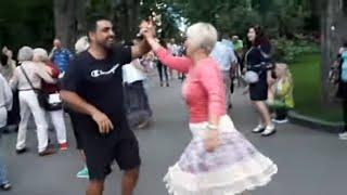 Погадай ка мне цыганка!!!Народные танцы,Сад Шевченко,Харьков!!!