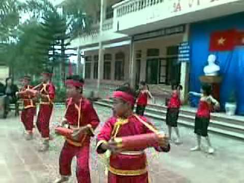 Bài múa: Trống cơm - Trường TH Xuân Hương 1