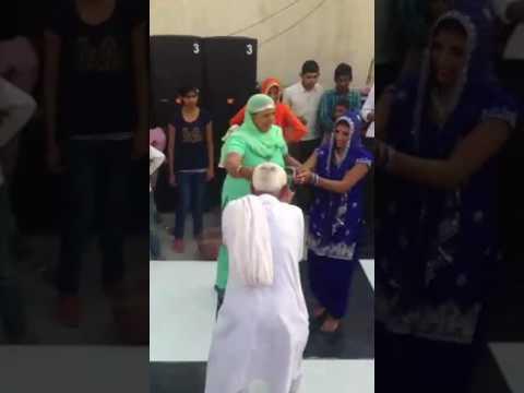 Haryanvi TAU Ka break dance 😂