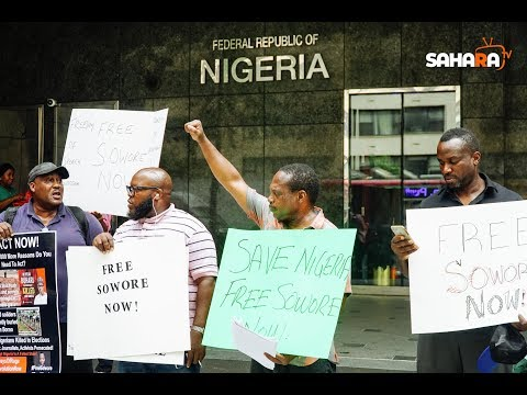 #RevolutionNow Protesters Demand Sowore's Release At Nigeria House & United Nations In New York City