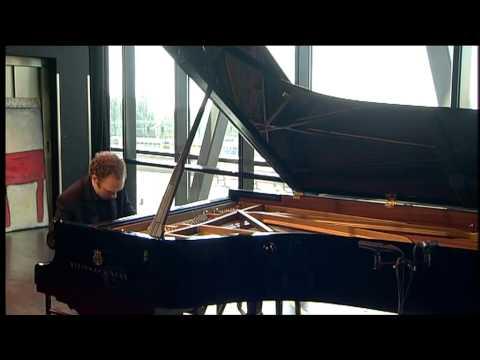 Pianist Ralph van Raat plays John Tavener: In Memory of Two Cats (1986)