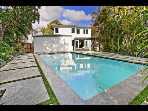 Bright Contemporary Home in Miami Beach, Florida