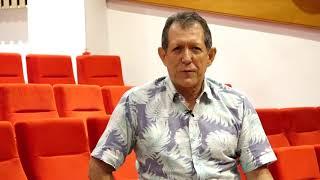 Omar Armenta, jefe de comunicaciones de Cajamag, felicita a EL INFORMADOR por sus 60 años