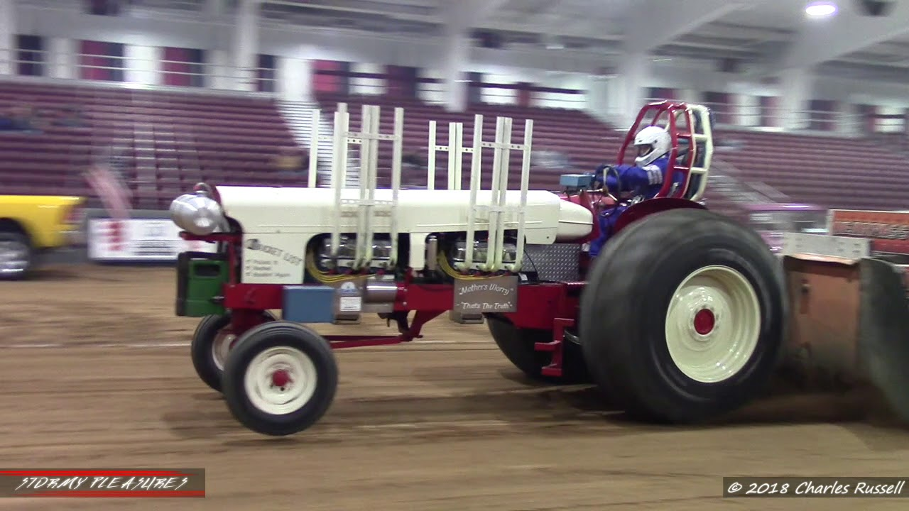 Truck/Tractor Pulls! Vintage Tractor Pulling Winternationals 2018 VTPA