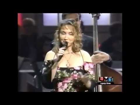 Pam Tillis - So Wrong (Live 2002)