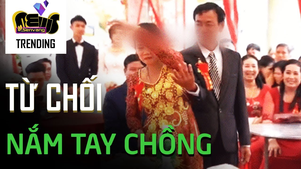 Bác gái 'dứt tình', không nắm tay chồng trong đám cưới của con
