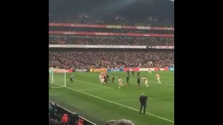 Download Video Danny Welbeck Goal Arsenal vs Leicester 2-1 (FanFootage) MP3 3GP MP4