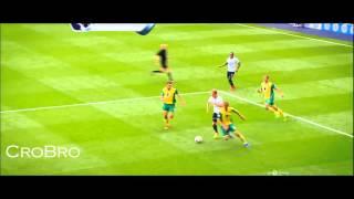 Freestyle Football 2013 - Best Football skills ● dribbling ● tricks ● Moves by CroBro HD