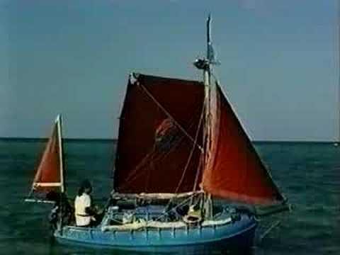 Small Sailboat - s/y Arrandir
