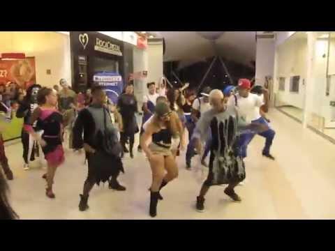 HALLOWEEN 2014  - FlashMob DirecTV Cali - Colombia