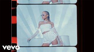 Смотреть клип Serayah - Love It