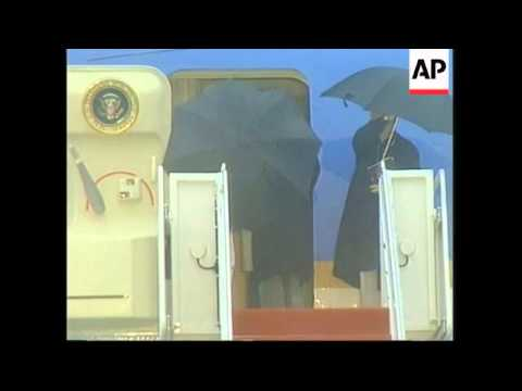 USA: CLINTON DEPARTS FOR KING HUSSEIN