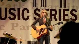 Watch Aimee Mann Coming Up Close video