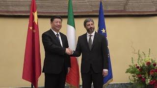 Xi a Roma: l'incontro con Fico e Casellati, a Montecitorio cori e bandierine