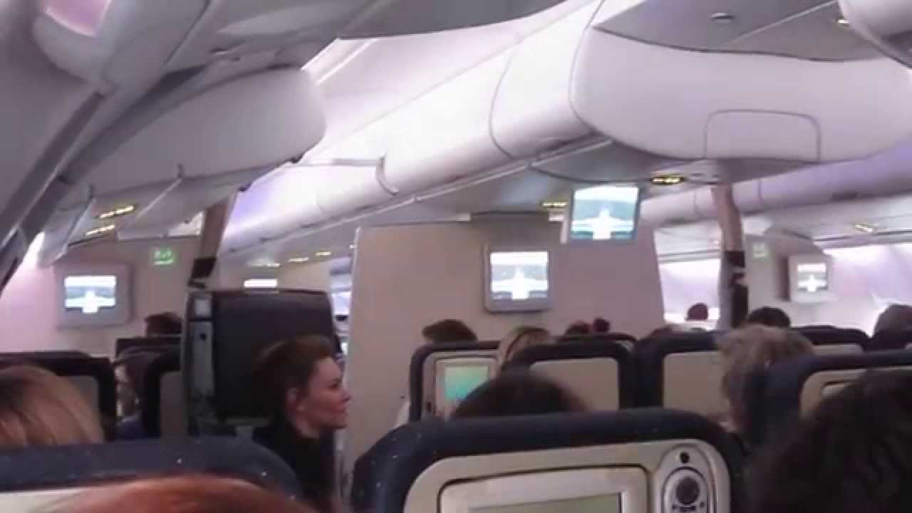 Air France A380 Cabin interior upper deck. - YouTube