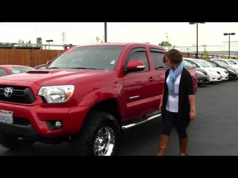 Virtual Walk Around Video of a 2012 Toyota Tacoma V6 TRD Sport at Titus Will Tacoma in Tacoma T31885