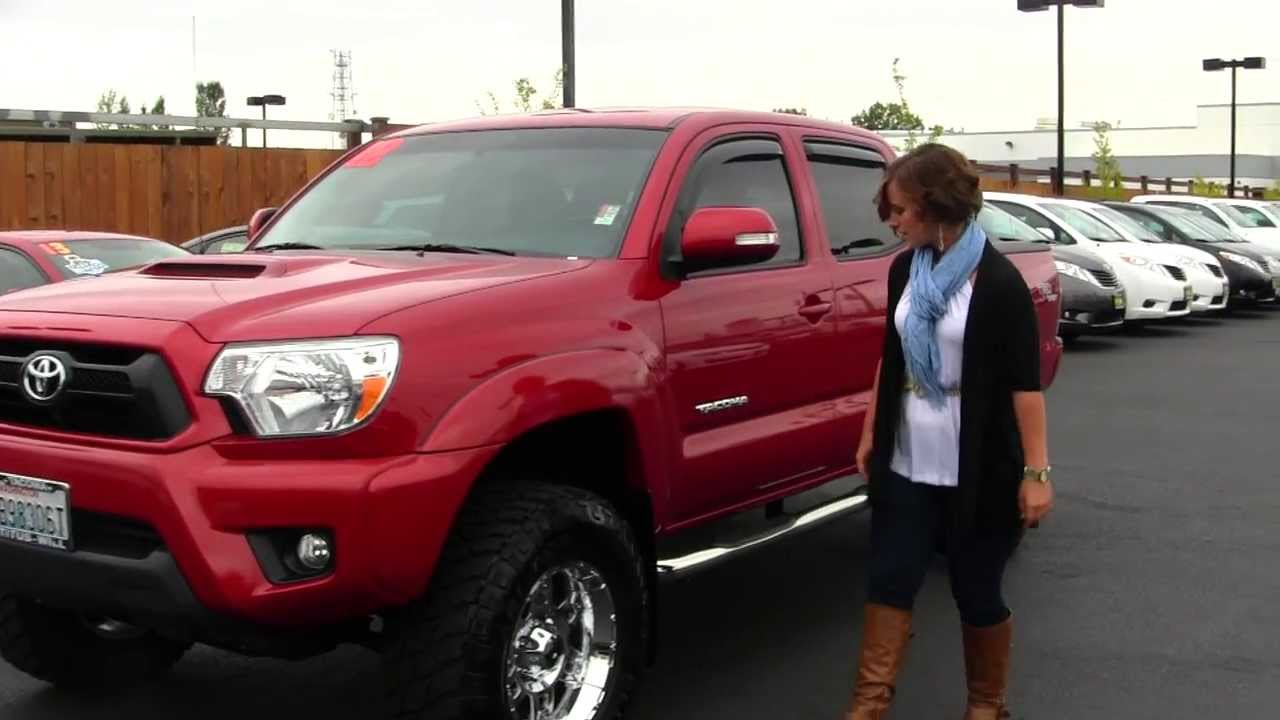 virtual walk around video of a 2012 toyota tacoma v6 trd sport at titus will tacoma in tacoma. Black Bedroom Furniture Sets. Home Design Ideas