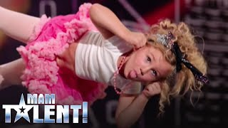 """Download 4-letnia Marcelinka rozkochała w sobie wszystkich na castingu do """"Mam Talent!"""" Mp3 and Videos"""