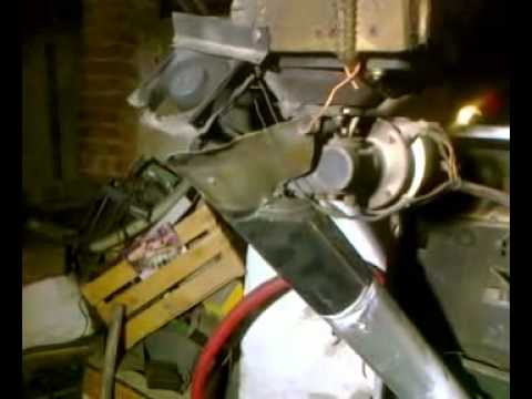 Caldaia a pellet autocostruita da una a gas metano youtube for Stufa autocostruita