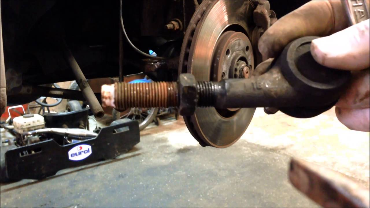 Steering Wheel Shaking >> Peugeot 307 Tie Rod End Replacement - YouTube