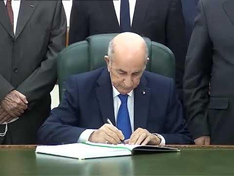 Le président Tebboune signe la Loi de finances 2021