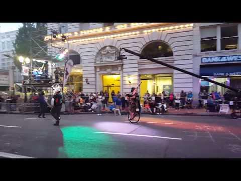 The Unipiper Kicks Off The 2017 Portland Rose Festival Starlight Parade!