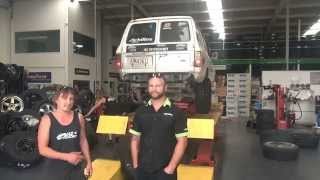 NZOffroader and YHI putting Achilles XMT Tyres on the NZOffroader Landcrusier