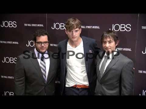 Josh Gad, Ashton Kutcher and Joshua Michael Stern at 'Job...