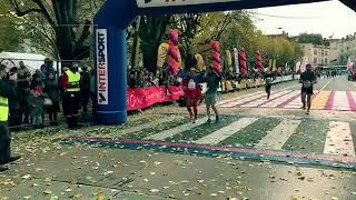 Semi-marathon du Beaujolais : Sandrine Motto Ros en mode Wonder Woman