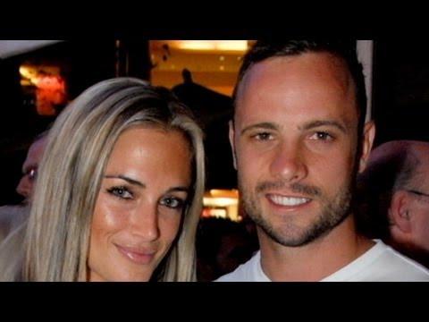Oscar Pistorius, Girlfriend