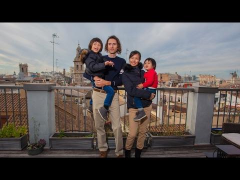Family Travel World Using Life Hack