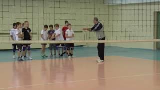 Обучение волейболу детей. Эстафета с мячами