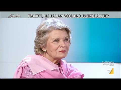 Sveva Casati Modignani: 'Elena Ferrante? Solo marketing'
