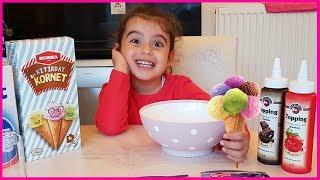 Dondurma Yaptık Çikolata Ve Çilek Sosu ile Yedik Çok Beğendik l Eğlenceli Çocuk Videosu