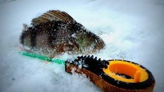 ловля окуня зимой на мормышку..