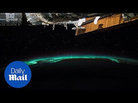 ISS astronauts film incredible lighting and auroras on Earth