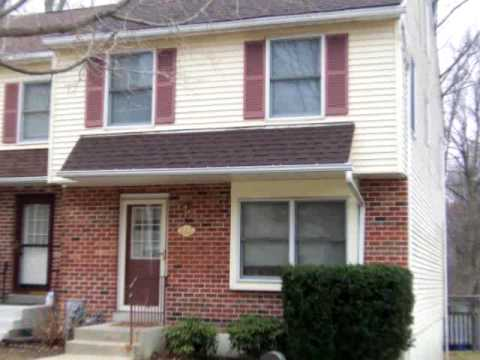 222 Black Hawk Ct, Media, PA 19063