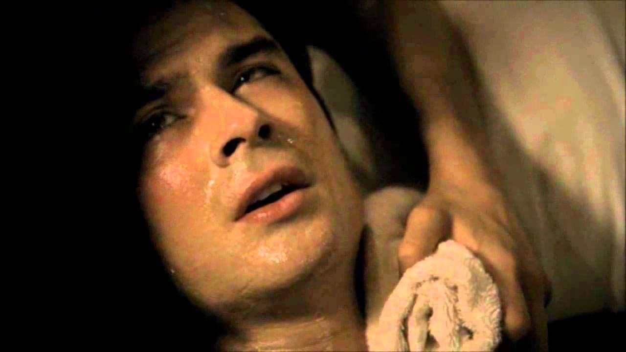 Damon y elena cronicas vampiricas 2x22 espa ol youtube for Damon y elena