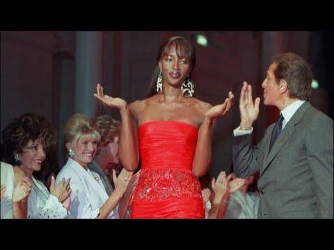 Naomi Campbell  Valentino Autumn 1999 Haute Couture