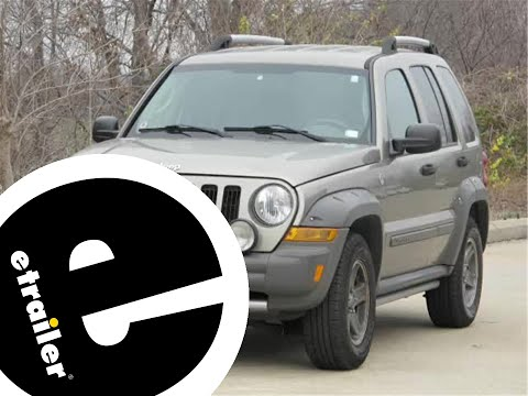 trailer-hitch-installation---2006-jeep-liberty---draw-tite---etrailer.com