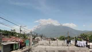 El volcán de Fuego alerta a las autoridades de Sacatepéquez, Escuintla y Chimaltenango