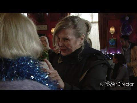 EastEnders - Cora Cross Vs. Babe Smith (14th December 2015)