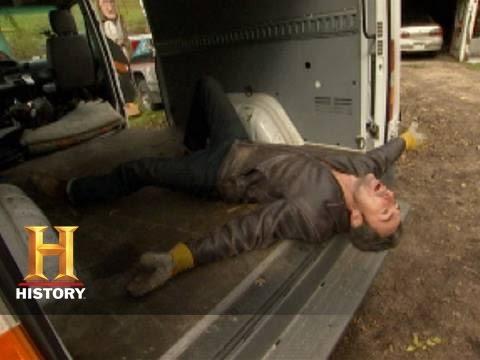 American Pickers: Bonus - The Van (Season 1) | History