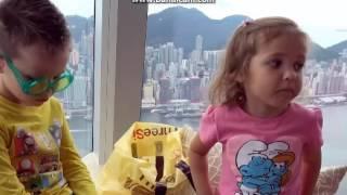 MISTER MAX - Китай Гонконг День 5 Микки Маус Гигантский PEZ Maltesers