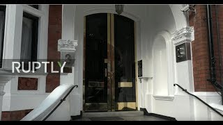 LIVE: Police to seize Assange's belongings from Ecuadorian Embassy in London: stakeout